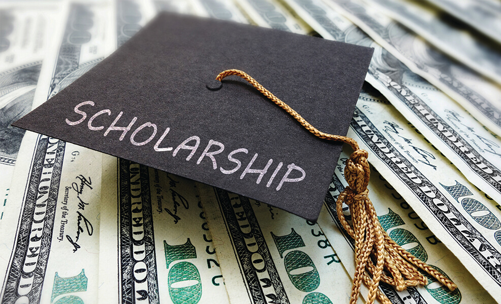 11 Area Students Receive $11,000 in Scholarships